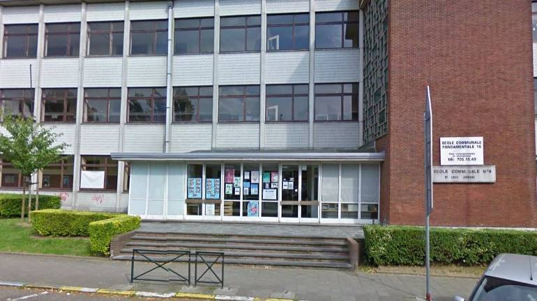 Ecole 16