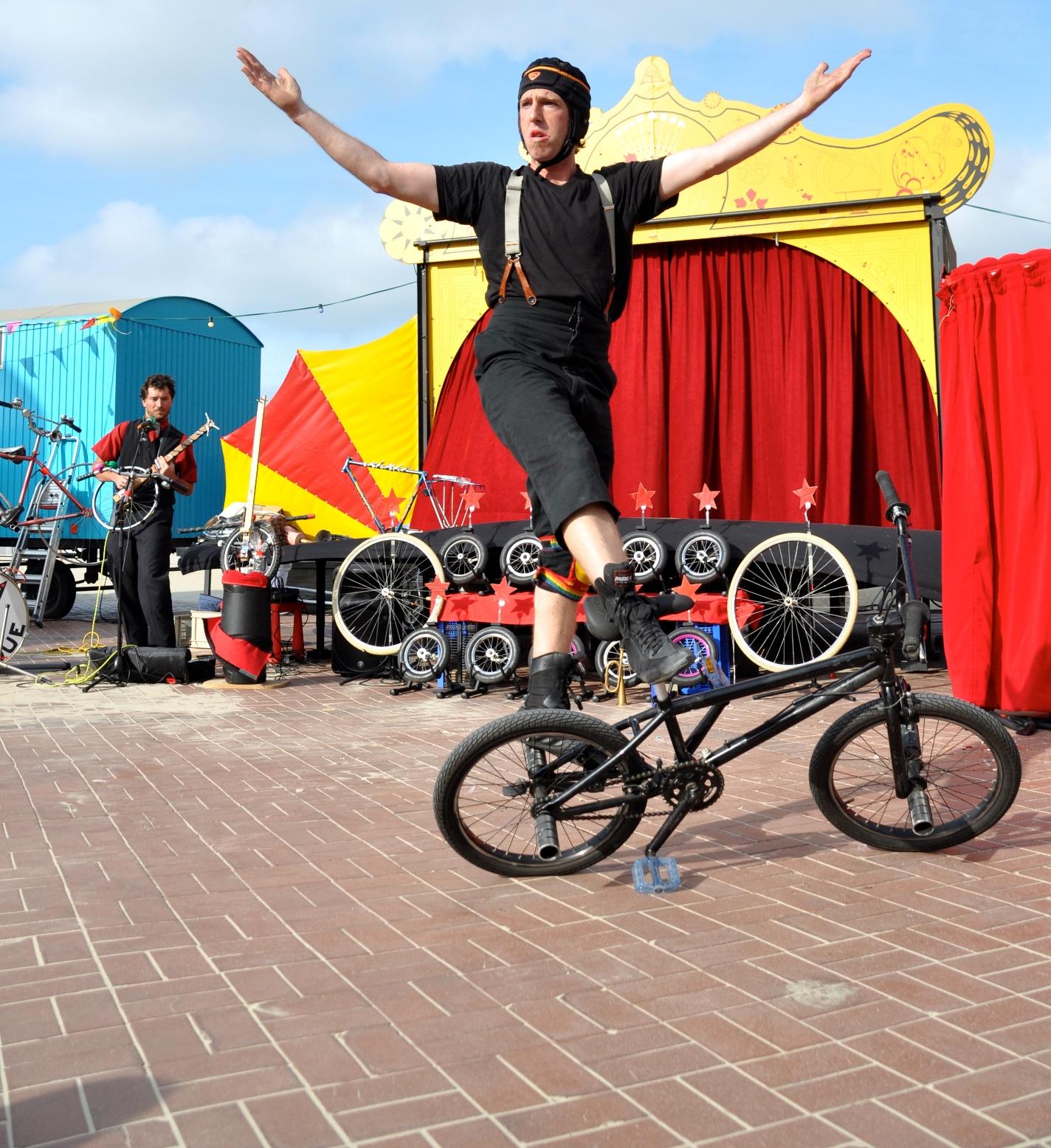 Che Cirque